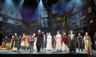 A-Christmas-Carol-at-Rose-Theatre